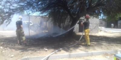 Advierten de incendios por basura en predios baldíos