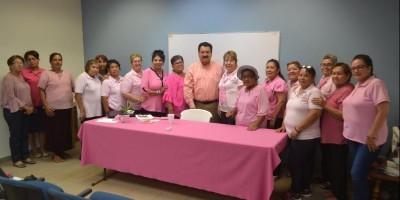 Apoya DESOM a mujeres en lucha contra cáncer