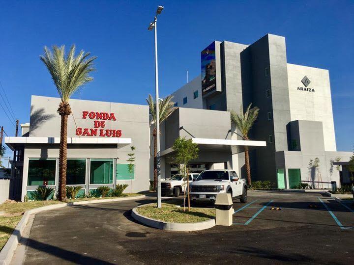 Celebra SLRC apertura de nuevo hotel