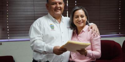 Firman comodato de inmuebles para uso de DIF municipal