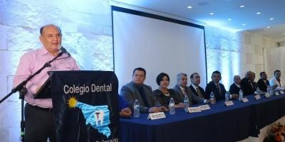 Invita Alcalde a dentistas a trabajar por SLRC