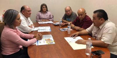 Se reúne alcalde con asociación ANAUM