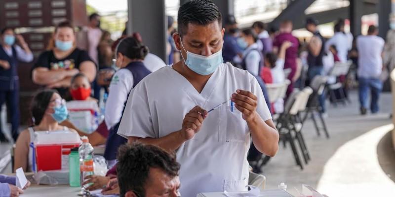 Sin tiempo de espera en jornada de vacunación de este lunes