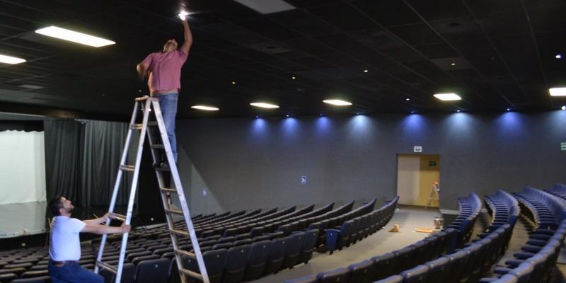 """Teatro Río Colorado en """"terapia intensiva"""""""
