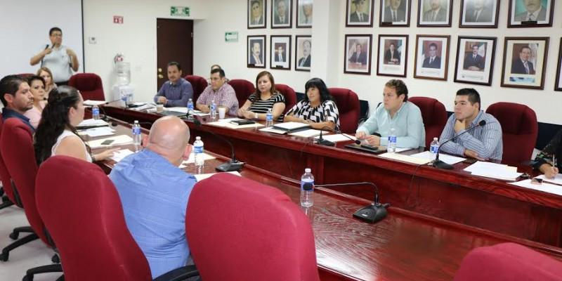 Avanza proceso de regularización para familias de Las Palapas