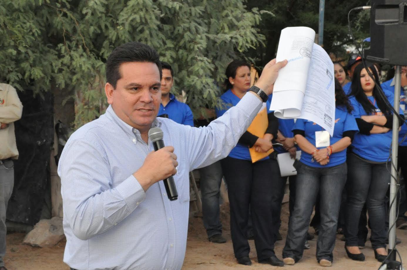 Gobierno Municipal dotará de luz, agua y drenaje a 200 familia